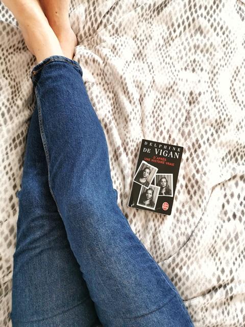 Critique littéraire du Livre D'après une histoire vraie de Delphine de Vigan